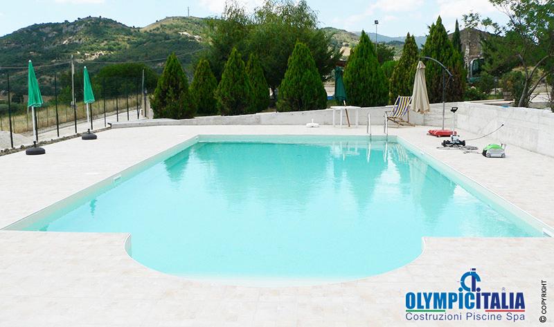 costruzione piscina skimmer sfioro ristorante palermo